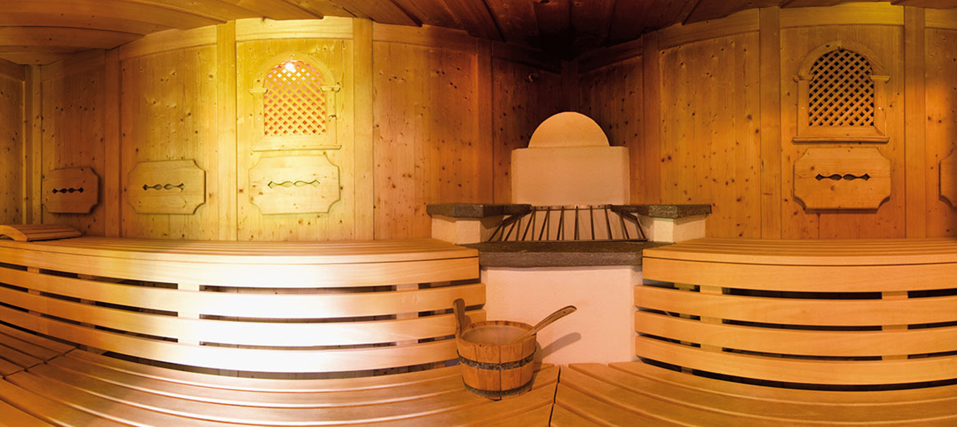 Sauna at the Gutshof Zillertals Hotel (photo)