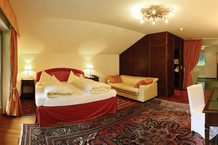 Studio Royal at Gutshof Zillertal, Hotel Mayrhofen (photo)